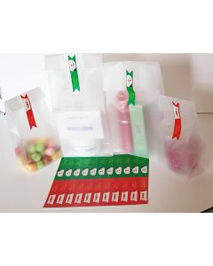 "Pack of 20 Small clear frosted block bottom sweet/party/ gift bags (4"" x 2 1/2"" x 9 3/4"") with rectangular shaped printed Xmas labels"