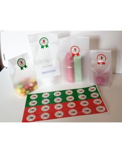 """Pack of 20 Small clear frosted block bottom sweet/party/gift bags (3"""" x 2"""" x 7"""") with round printed merry xmas sticky labels"""