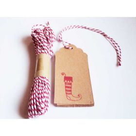JEMPAK UK Pack of 10 xmas stocking Kraft gift tags with 5M red Baker's Twine