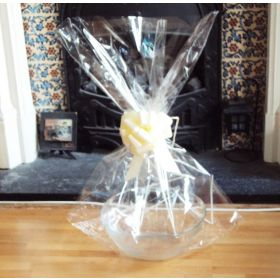 "JEMPAK UK 24"" x 30"" EXTRA LARGE cellophane basket bags with IVORY pull bow (Pack of 1)"