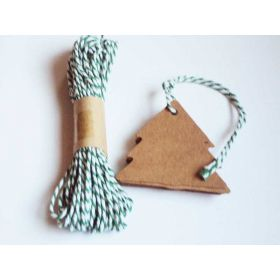 JEMPAK UK Pack of 20 blank xmas tree shape Kraft gift tags with 10M Green Baker's Twine
