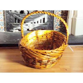 Large sized willow wicker basket with handle