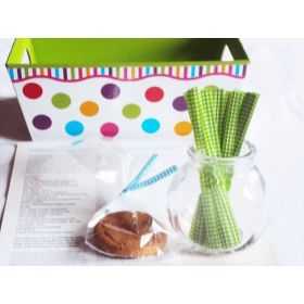 "JEMPAK UK Pack of 50 Small clear gusseted cellophane bags (3"" x 1¾"" x 8¼"") including 4"" Forest Green gingham twist ties"