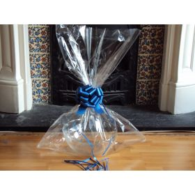 "JEMPAK UK® 24"" x 30"" EXTRA LARGE cellophane basket bags with ROYAL BLUE pull bow (Pack of 1)"
