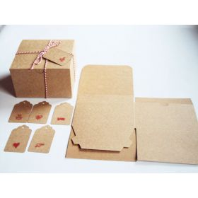 Pack of 10 BROWN KRAFT Gift/favour boxes with hinged lid (13cm x 13cm x 8cm) String & Valentine gift tags included.