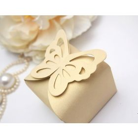 Pack of 10 Ivory Butterfly top design  wedding favour gift boxes (60mm x 60mm x 45mm)
