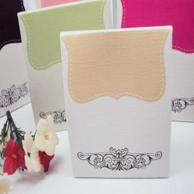 Pack of 10 Ivory tapestry favour box
