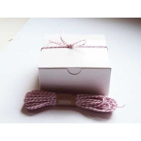 JEMPAK UK Pack of 10 white high Gloss Gift/favour boxes with hinged lid (10cm x 10cm x 5cm) with 10M Baker's twine - PINK