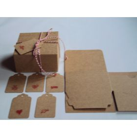 Pack of 10 BROWN KRAFT Gift/favour boxes with hinged lid (10cm x 10cm x 5cm). String & Valentine gift tags included.